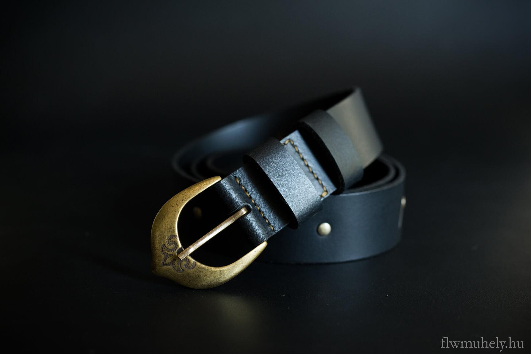 89c93af41d Szirom marhabőr öv - szoknyához és ruhához is viselhető - flwmuhely